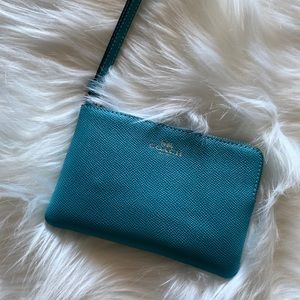 COACH - Leather Corner Zip Wristlet (New)